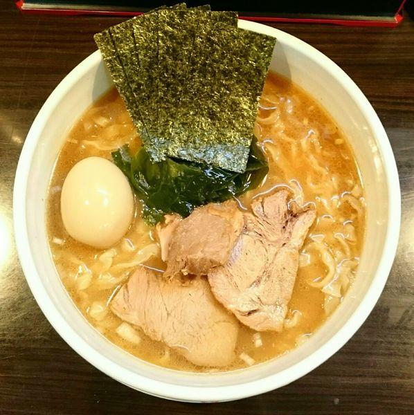 「魚介醤油ラーメン1.5倍盛 味玉」@麺屋 優創の写真