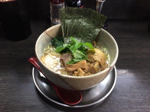 「番全部のせ ゆず 塩 細麺」@麺屋 番の写真