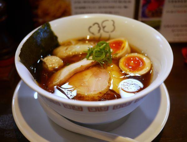 「特製 鶏の醤油らーめん」@鶏喰~TRICK~の写真
