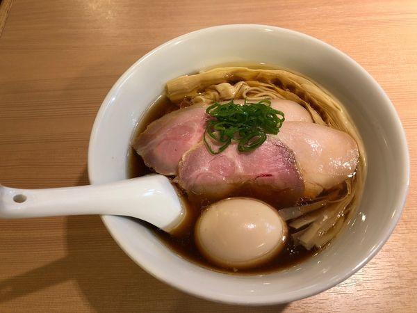 「特製醤油らぁ麺」@らぁ麺 はやし田 新宿本店の写真