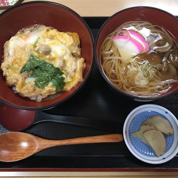 「比内地鶏親子丼・稲庭うどんセット(¥1,550)」@お食事処 ふきやの写真