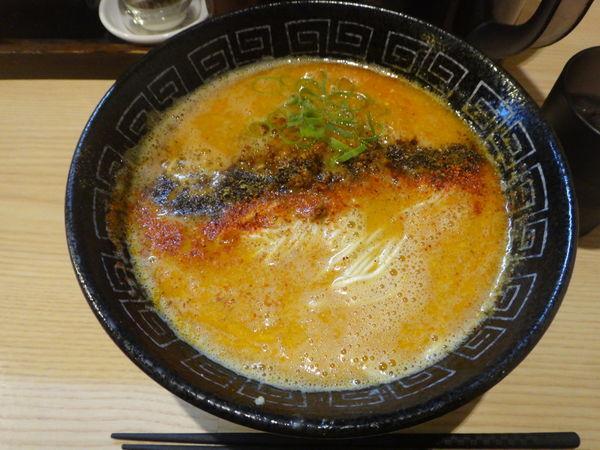 「担担麺  900円」@中村麺三郎商店の写真