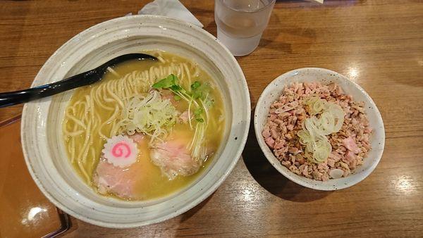 「鶏そばチャーシュー丼セット」@麺屋 NOROMAの写真