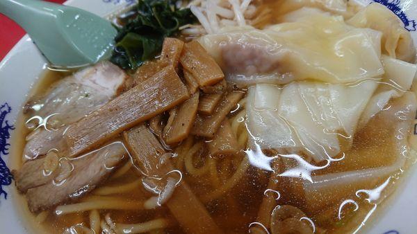 「ワンタン麺」@中華料理 味の大元の写真