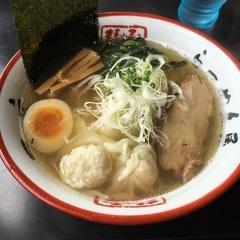 函館麺や 一文字 函館本店の写真