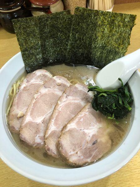 「チャーシュー麺並、硬め濃いめ」@横浜ラ~メン 曙家の写真