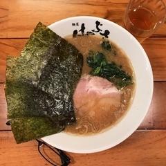 横浜家系 麺屋はやぶさの写真