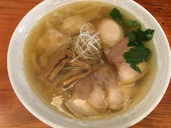 「特製塩らーめん」@純手打ち 麺と未来の写真