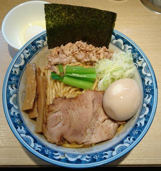 「3号油そば+味玉+ハートランド生」@ラーメン 雷鳥の写真