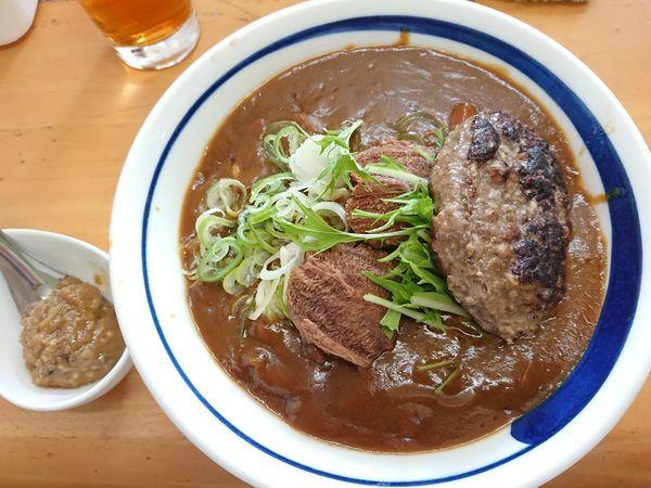 「【5月限定】和牛タン先カレー B(和牛ハンバーグのせ)他」@MENYA 食い味の道有楽の写真