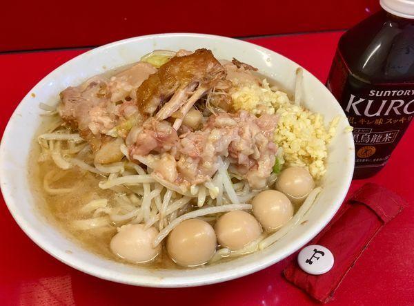 「ラーメン少なめ+うずら5個」@ラーメン二郎 西台駅前店の写真