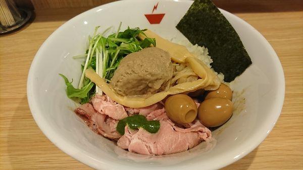 「蟹油そば+燻製うずら(110円)=960円」@crab台風。の写真