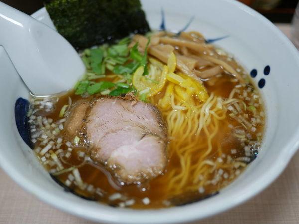 「和風醤油らーめん 麺硬め」@与ろゐ屋の写真