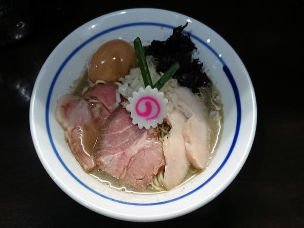 「煮干しそば+鮮魚の漬け丼」@中華そば いづるの写真