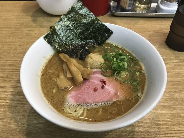 「濃厚鶏白湯魚介ラーメン」@RAMEN 一麺托生の写真