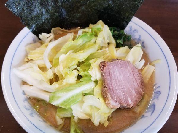 「キャベツラーメン 固め」@横浜家系ラーメン 中島家の写真