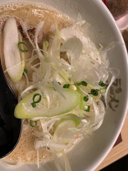 「魚介ラーメン+ねぎ」@ラーメン海鳴 名古屋驛麺通り店の写真