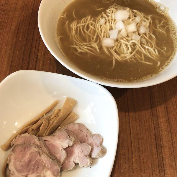 「赤城鳥と煮干の塩ラーメン」@麺&cafe Coi.Coi.の写真