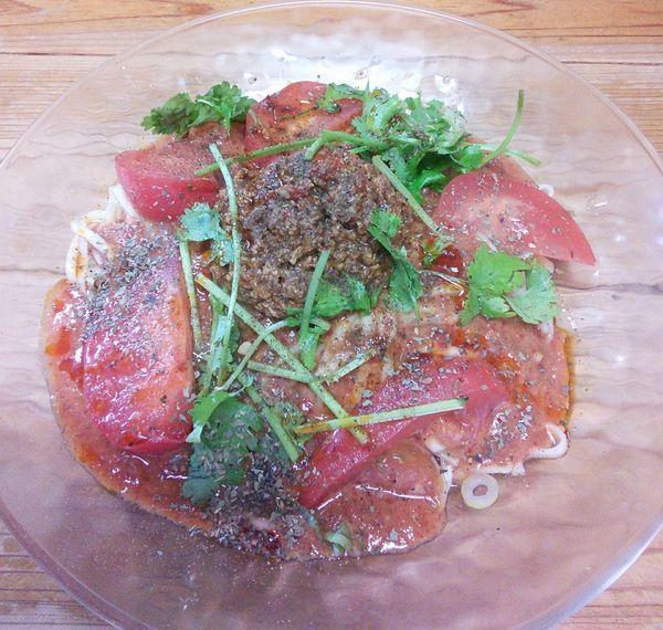 「【限定】冷やしトマト担々麺(小) 850円」@自家製麺 てんかの写真