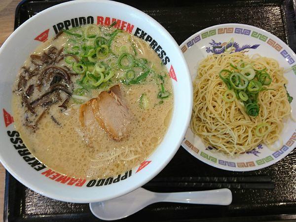 「とんこつラーメン」@IPPUDO RAMEN EXPRESS イオンモールいわき小名浜店の写真