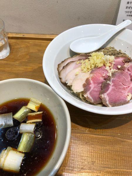 「限定 つけBLACK大 焼豚トピ 950円」@麺尊 RAGEの写真