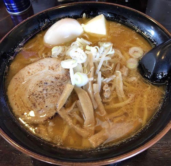 「味噌ラーメン+バター+半熟卵」@麺屋 和光の写真