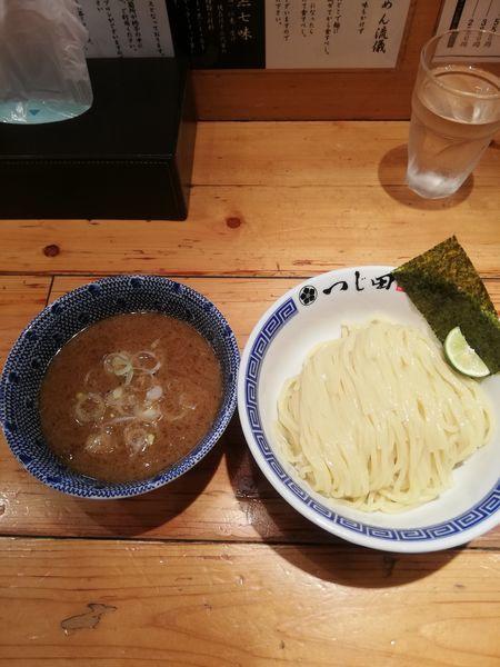 「濃厚つけ麺 880円」@つじ田 神田御茶ノ水店の写真
