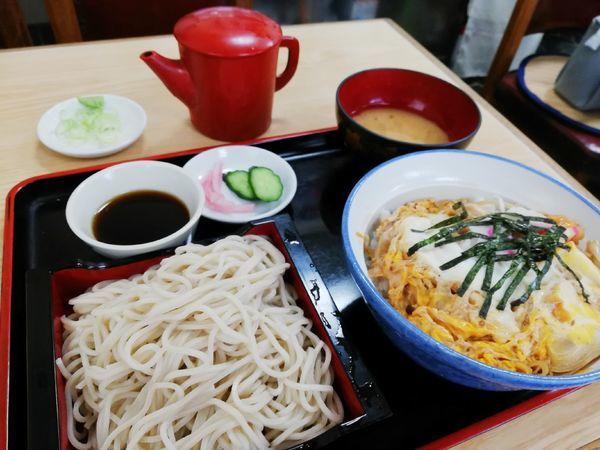 「親子丼セット(冷たい蕎麦)」@末広の写真
