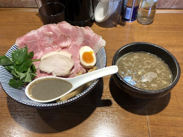 「煮干つけ麺 特製」@寿製麺よしかわ 川越店の写真