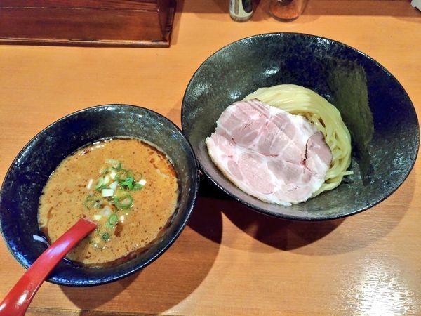 「濃厚魚介つけ麺」@ゆいまーる人 安慶田店の写真