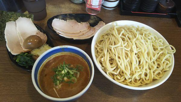 「スペシャルトロつけ麺大盛り」@麺屋あらき 竈の番人外伝の写真
