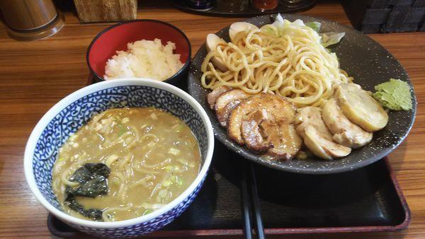 「濃厚鶏魚介特製つけ麺大盛り」@らーめん鈴家の写真