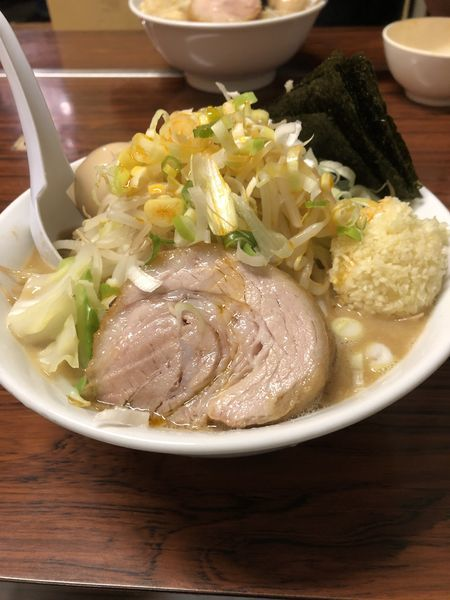「豚入りラーメン+味玉+海苔+レン草¥1,100」@ちばからの写真