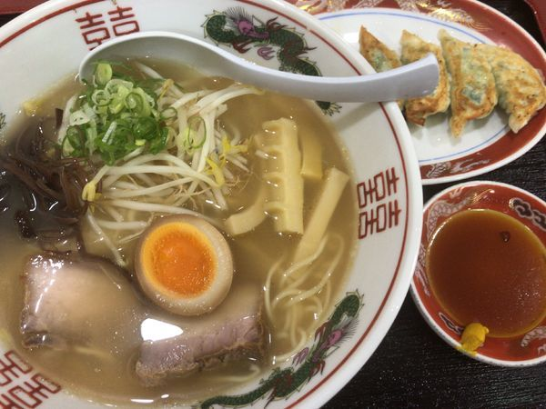 「自然堂拉麺650円(+餃子)」@土佐自然堂の写真