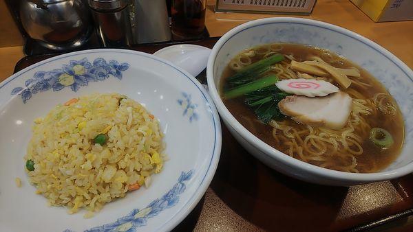 「ラーメン(しょうゆ)炒飯セット」@ことぶきの写真