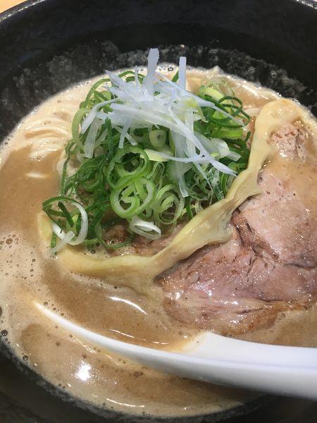 「豚骨魚介らーめん¥800」@らーめん伊藝 大淀本店の写真
