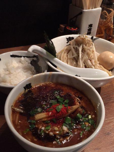 「特製カラシビつけ麺(中盛り辛さ普通痺れ普通)+半飯」@カラシビつけ麺 鬼金棒の写真
