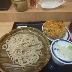 そば処 信州屋 新宿南口店の写真
