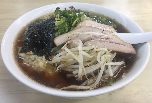 「ワンタンメン900円」@味の大西 本店の写真