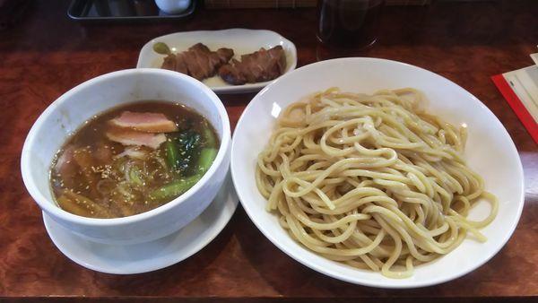 「冷つけ麺大盛 特選チャーシュー」@つけ麺 目黒屋の写真