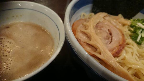 「濃厚煮干しつけそば(限定1日20食)+大盛り」@東京駅 斑鳩の写真