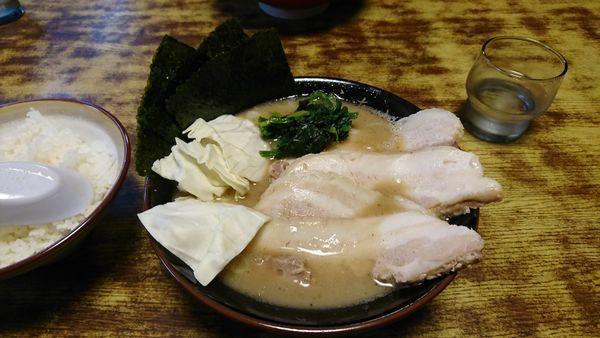 「チャーシュー豚骨醤油」@らあめん 寸八 総本店の写真