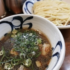 麺鮮醤油房 周月 高松本店の写真