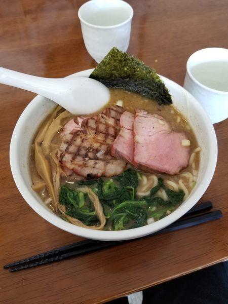 「あぶりチャーシュー麺 1000円」@めんや 暁の写真