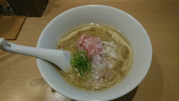 「らぁ麺_800円」@らぁ麺 鳳仙花の写真