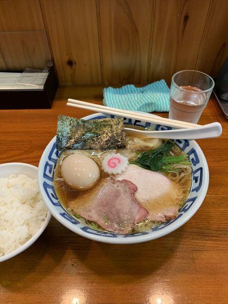 「ワンタン麺味玉トッピング」@手打ち中華そば 竹の助の写真
