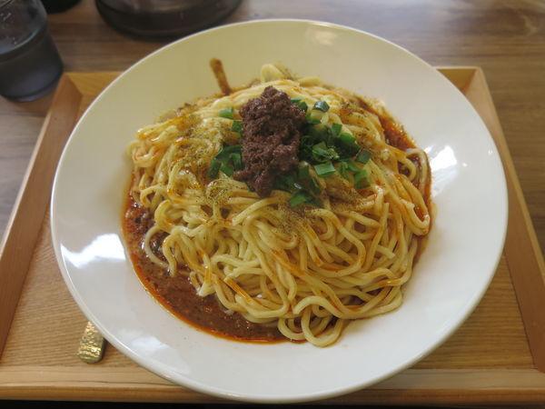「大盛り汁なし担担麺(辛め):950円」@担担麺 ぺんぺんの写真