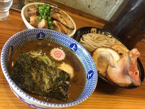 「特製つけ麺(並)+チャーシューご飯」@中華蕎麦うゑずの写真