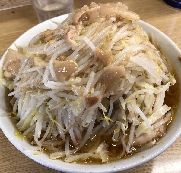 「ラーメン豚入り TARO」@ラーメン二郎 栃木街道店の写真