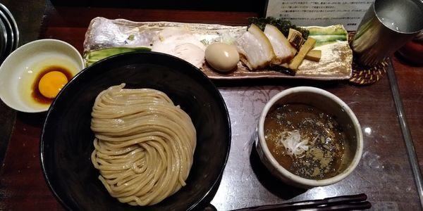 「特製つけ麺+大盛+つけ玉」@つけ麺 繁田の写真